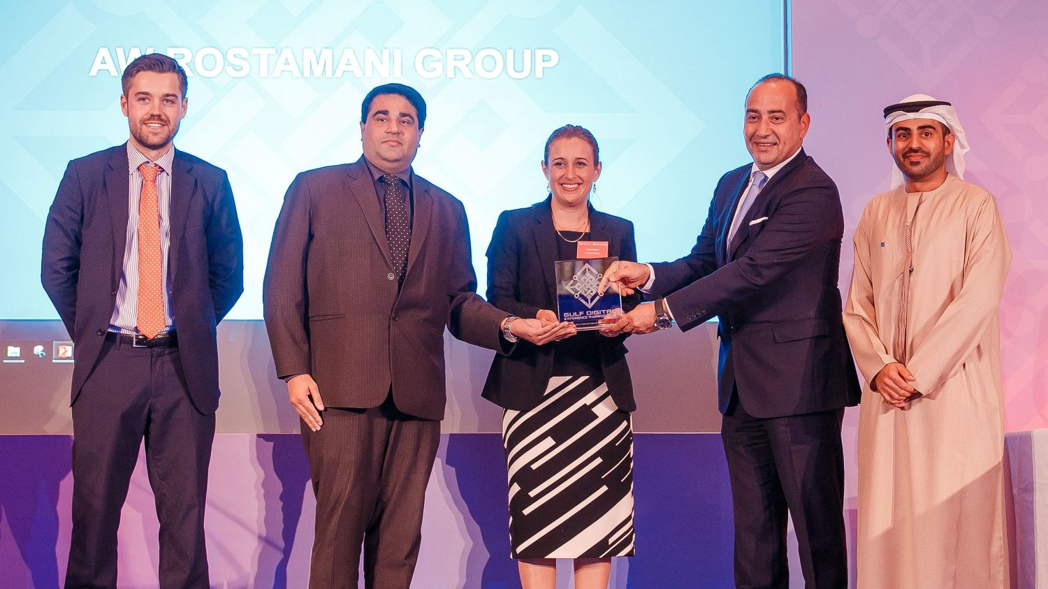 Arabian Automobiles Company Awarded 'Best Internal Use' by Gulf Digital Experience