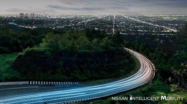 Nissan Intelligent Mobility camino abierto