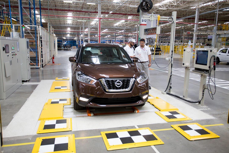 Agora fabricado no Brasil, Nissan Kicks ganha mais opções ...