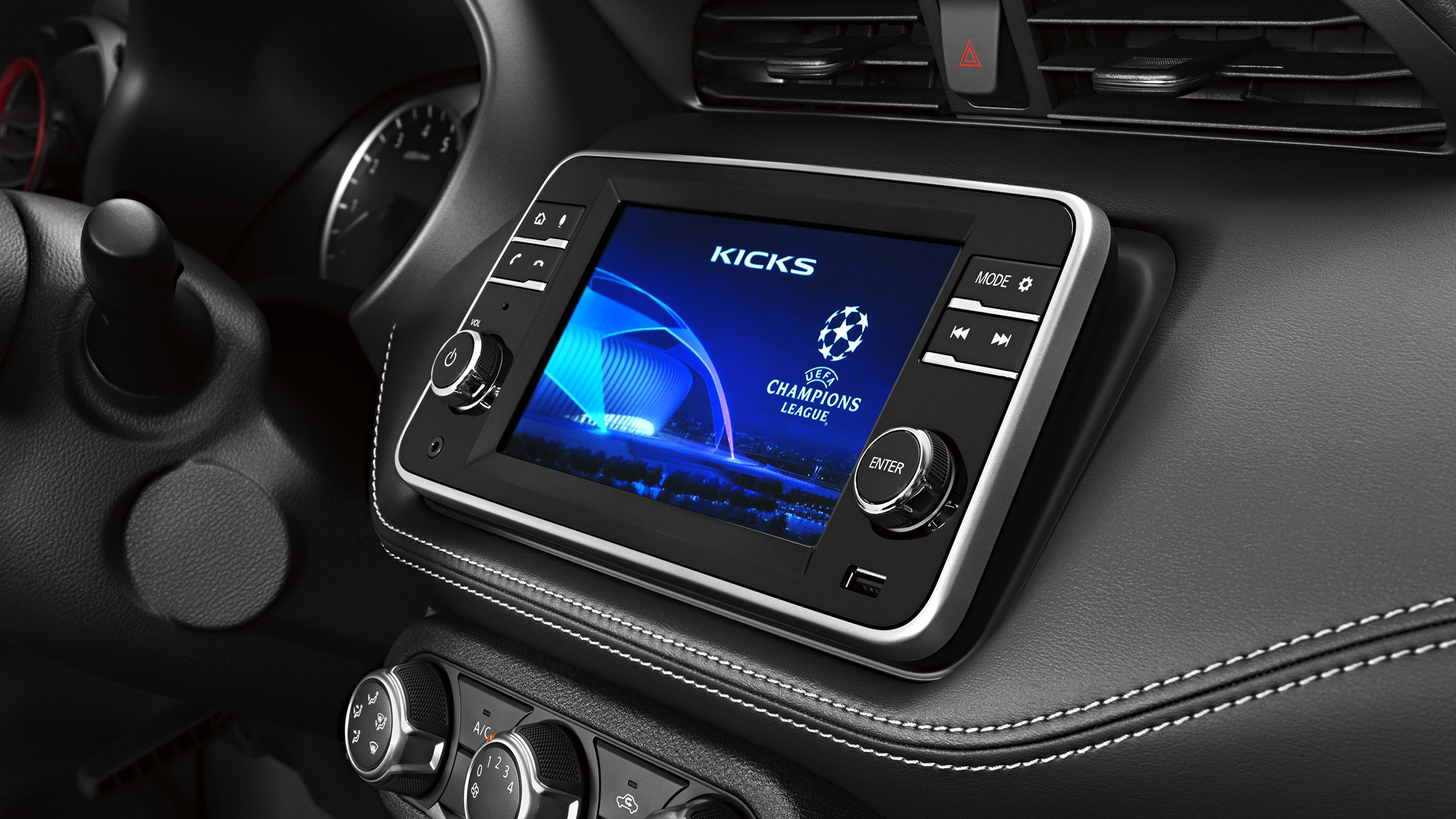 Conectividade com Apple CarPlay e Android Auto.