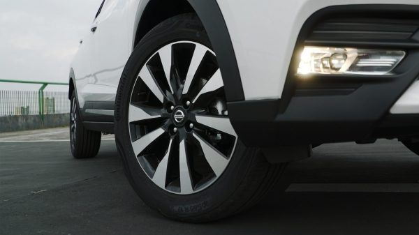 "Aros de 17"" do Nissan Kicks"