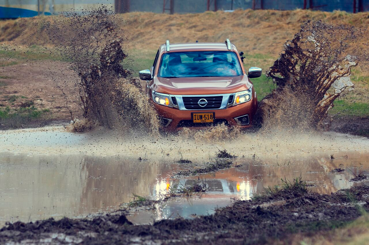 Nissan NP300 off-road