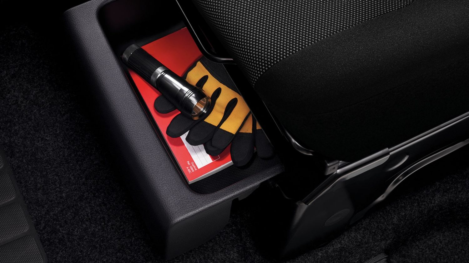 e-NV200 frontseat drawer
