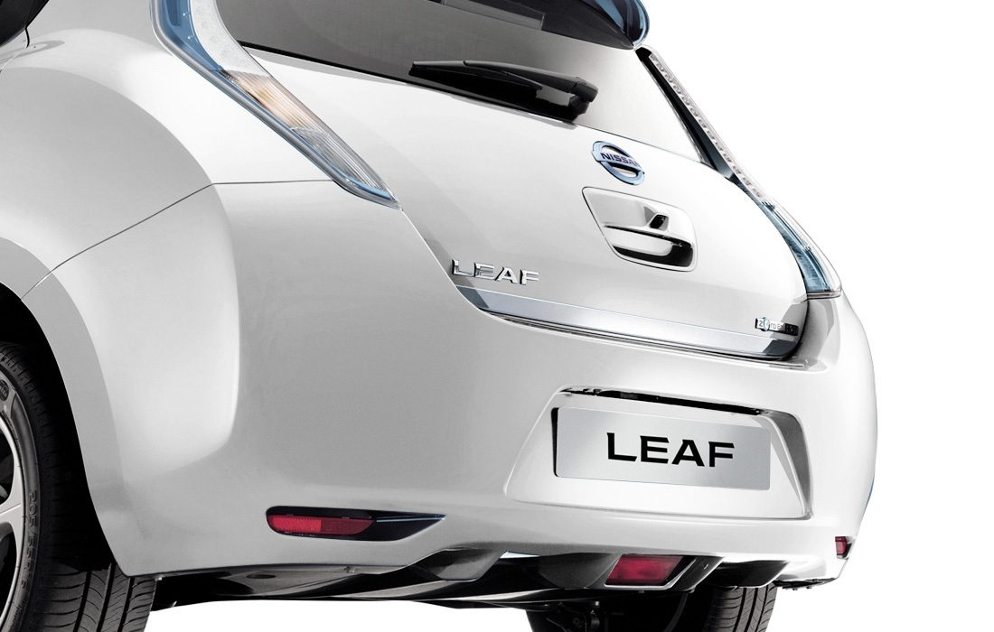 NISSAN LEAF - Heckklappen-Kantenschutz, Chrome-Optik