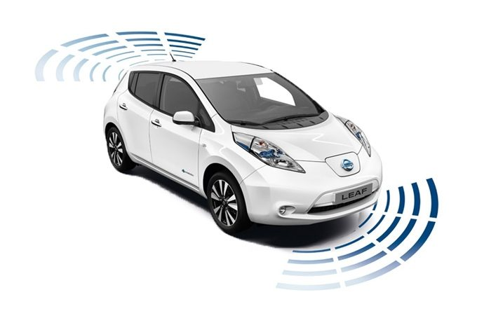 Nissan LEAF - Safety - Full parking system