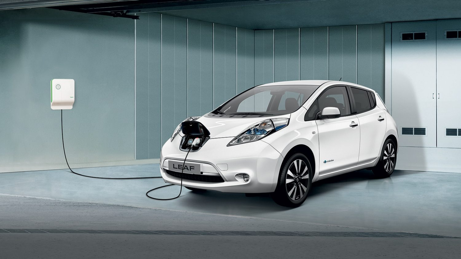 autonomie et recharge nissan leaf voiture lectrique nissan. Black Bedroom Furniture Sets. Home Design Ideas