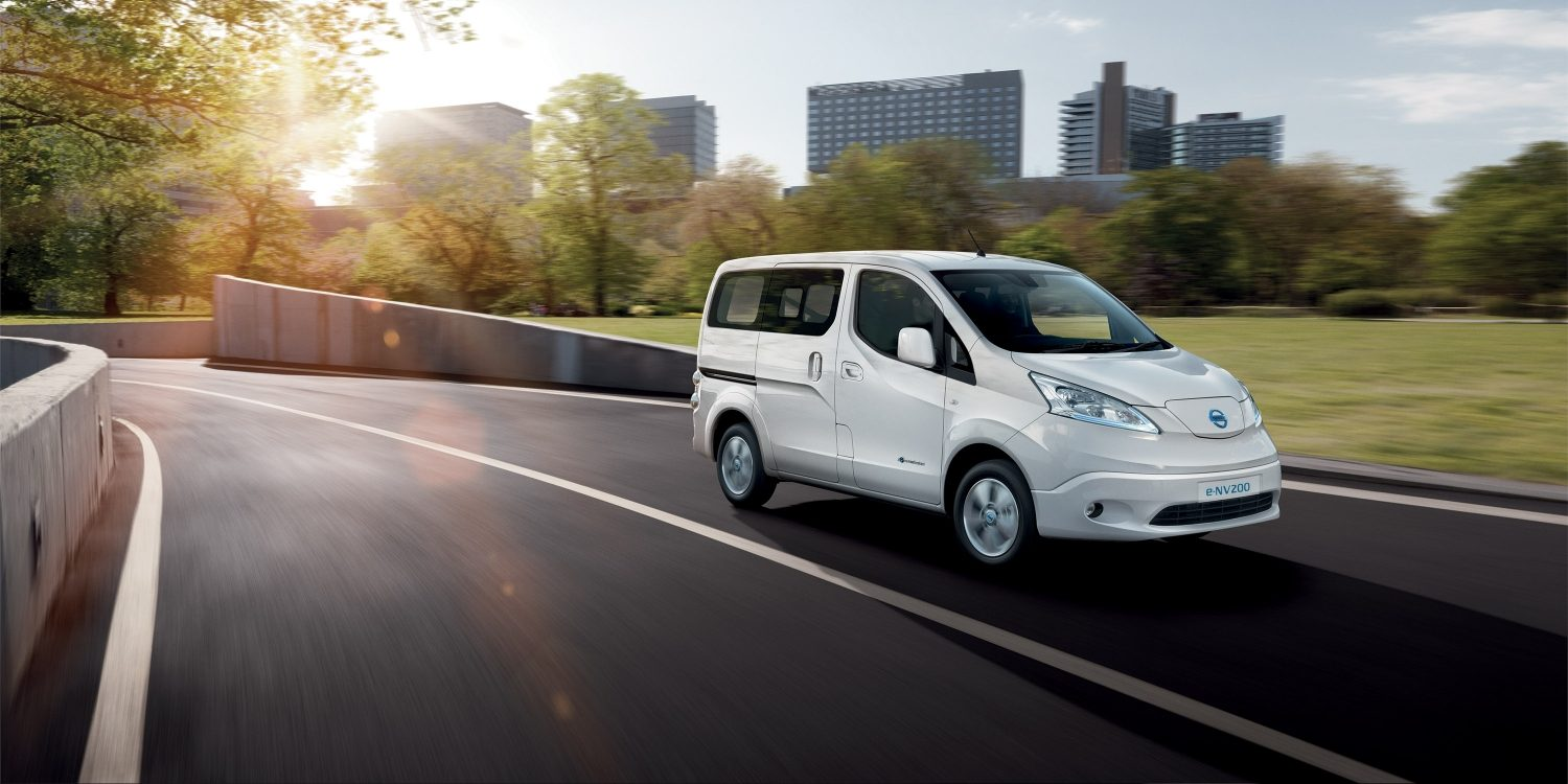 Nissan e-NV200 | Combi | Electric vehicle on the road