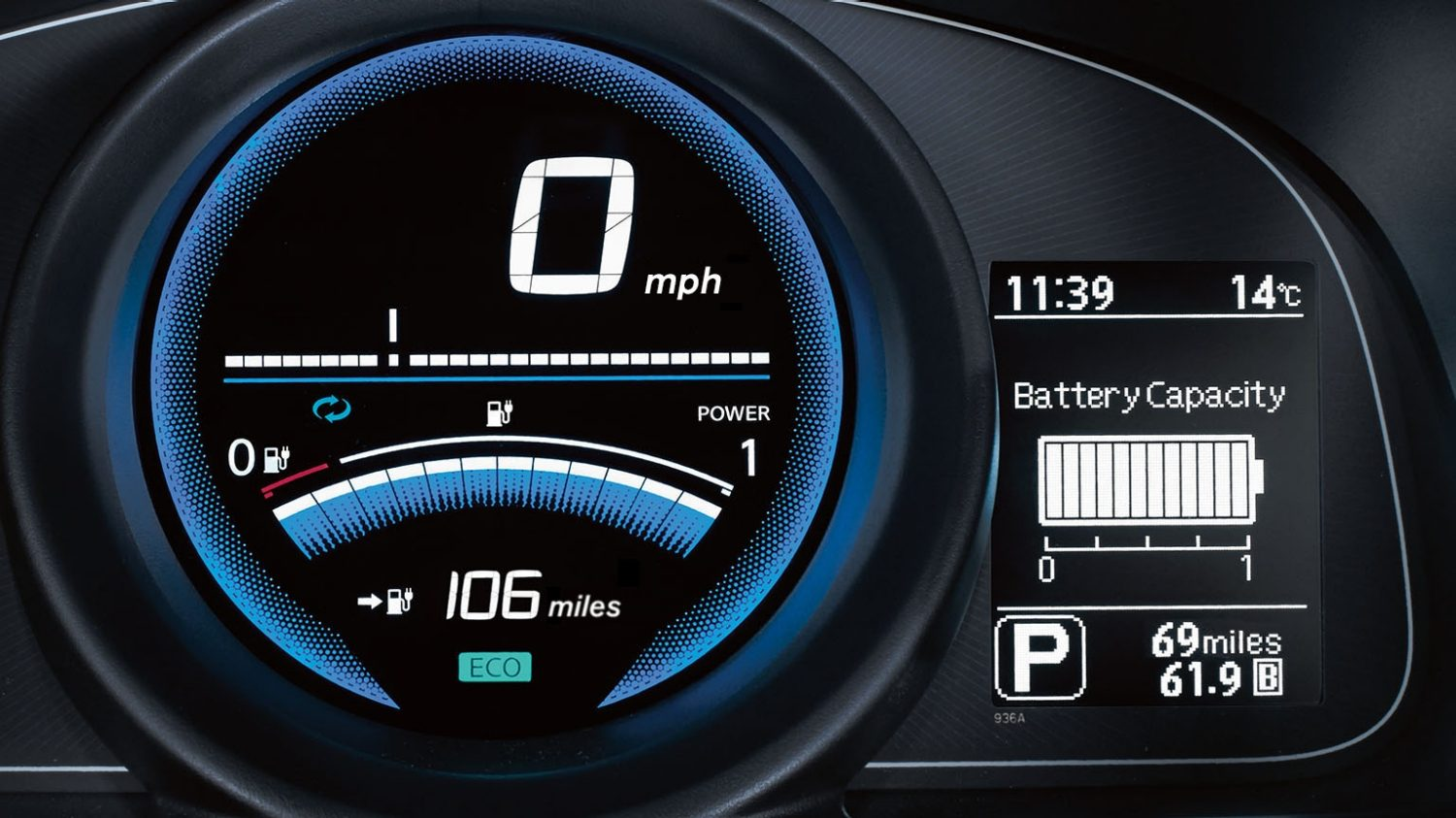 Van | Nissan e-NV200 | Speedometer and battery capacity display