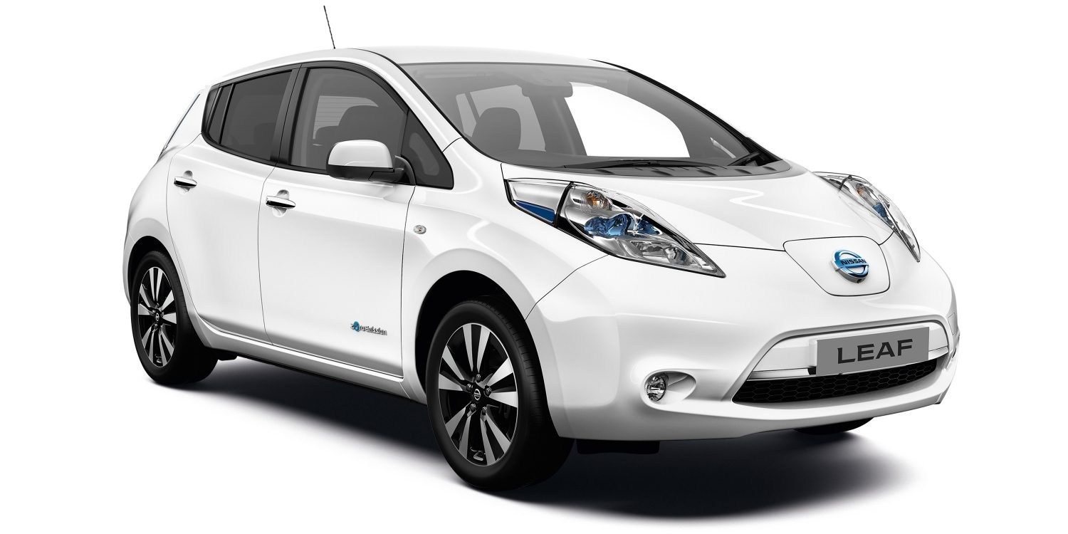 Nissan LEAF | 3/4 front view