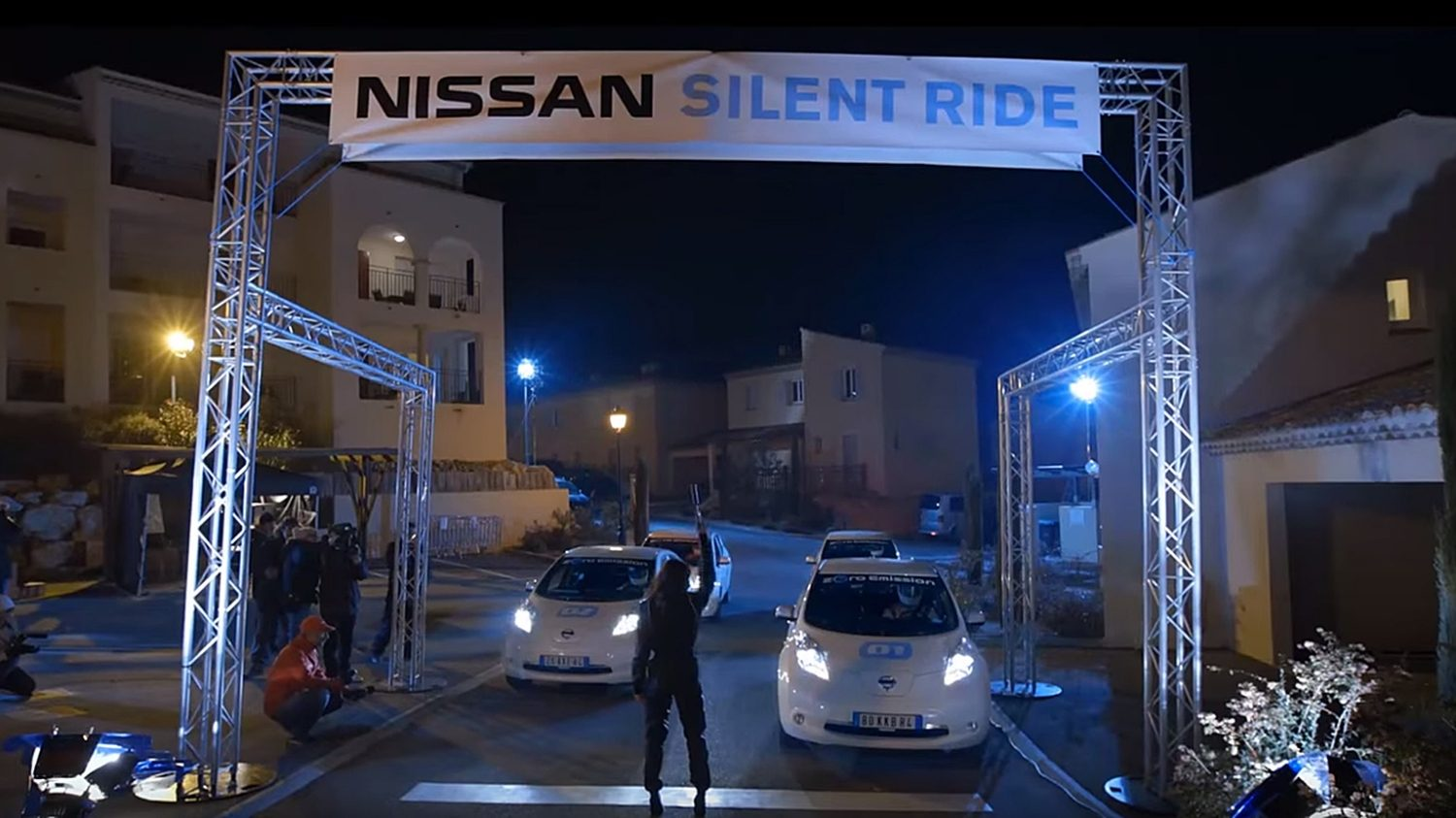 Nissan LEAF | Quiet driving video demo
