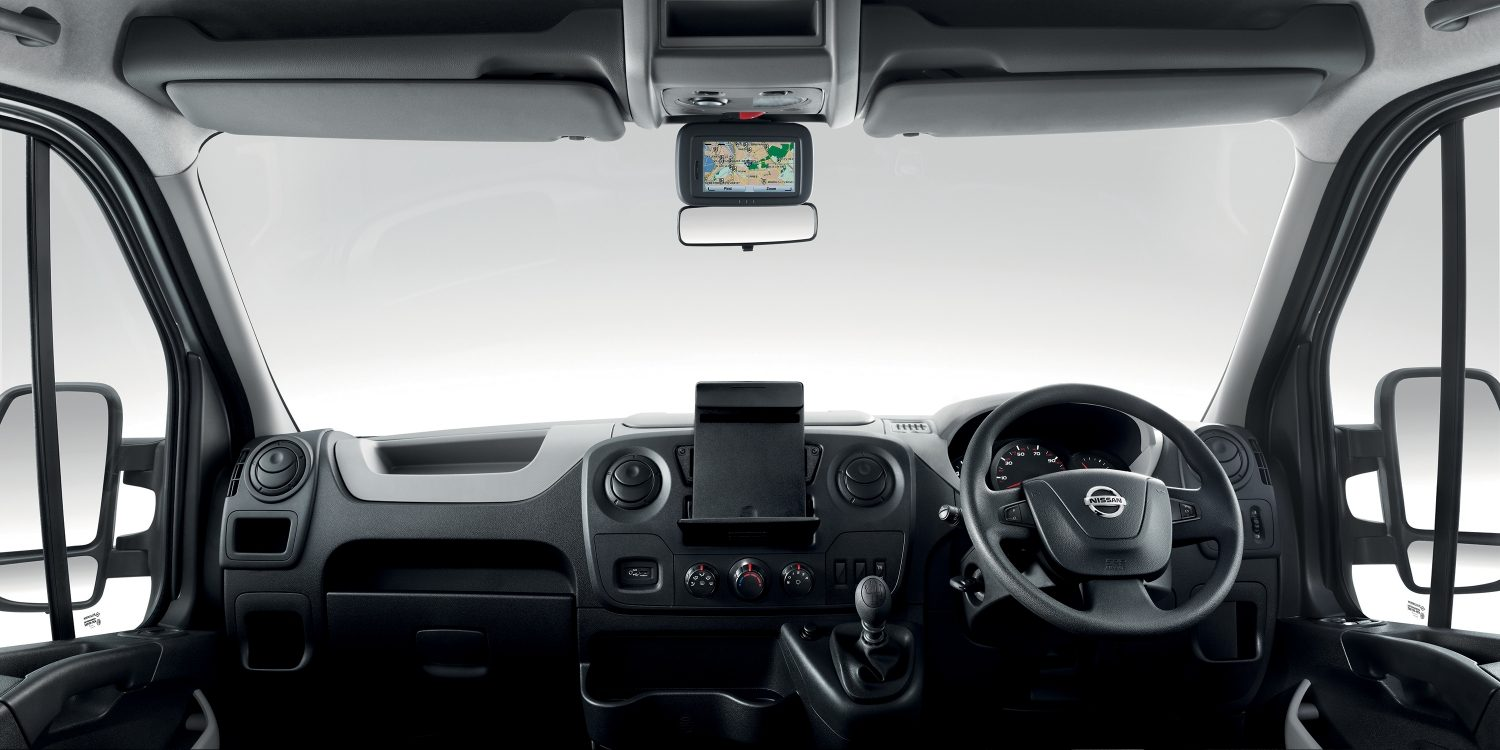 Nissan NV400 - Dashboard view