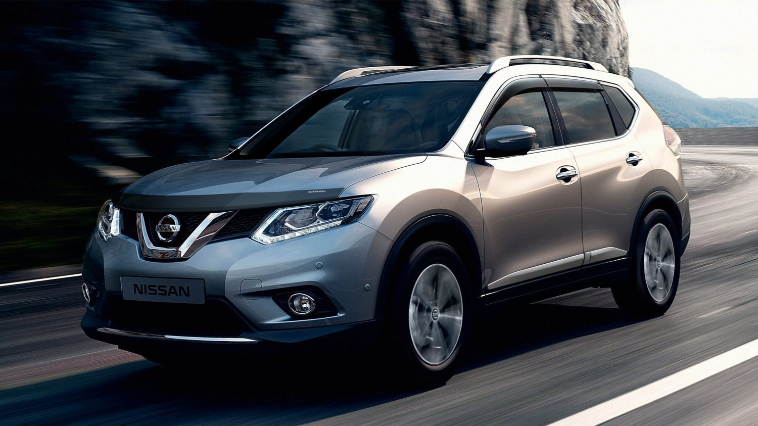 7 seater & 4x4 car design - 4x4 exterior - Front | Nissan X-Trail