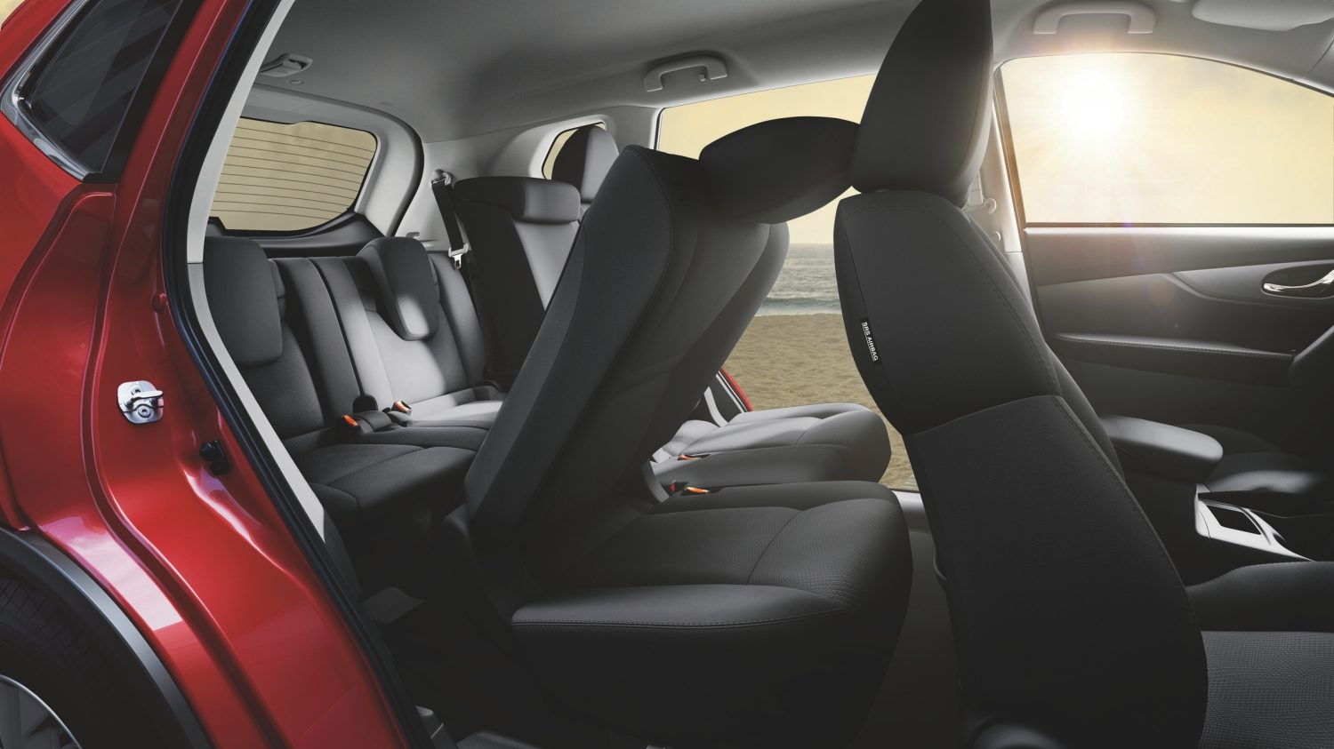 X-Trail | Folding seats