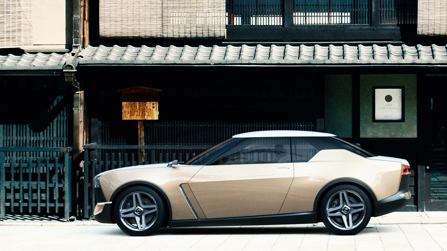 Nissan IDX Freeflow Concept profile city storefront in Japan