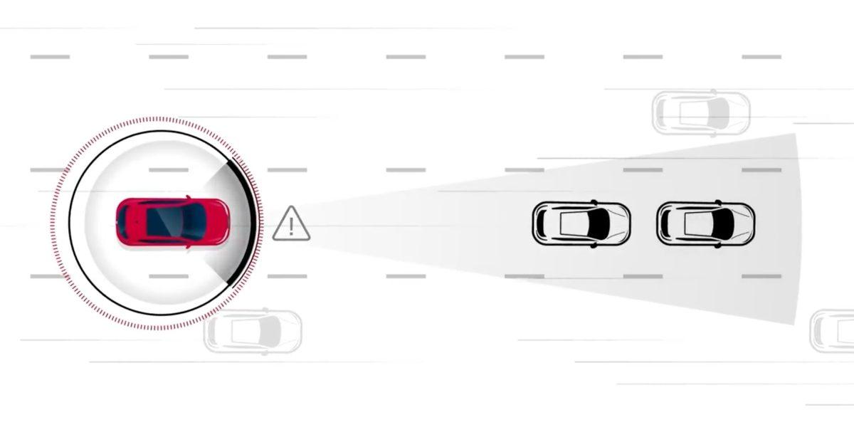 Nissan Intelligent Forward Collision Warning illustration