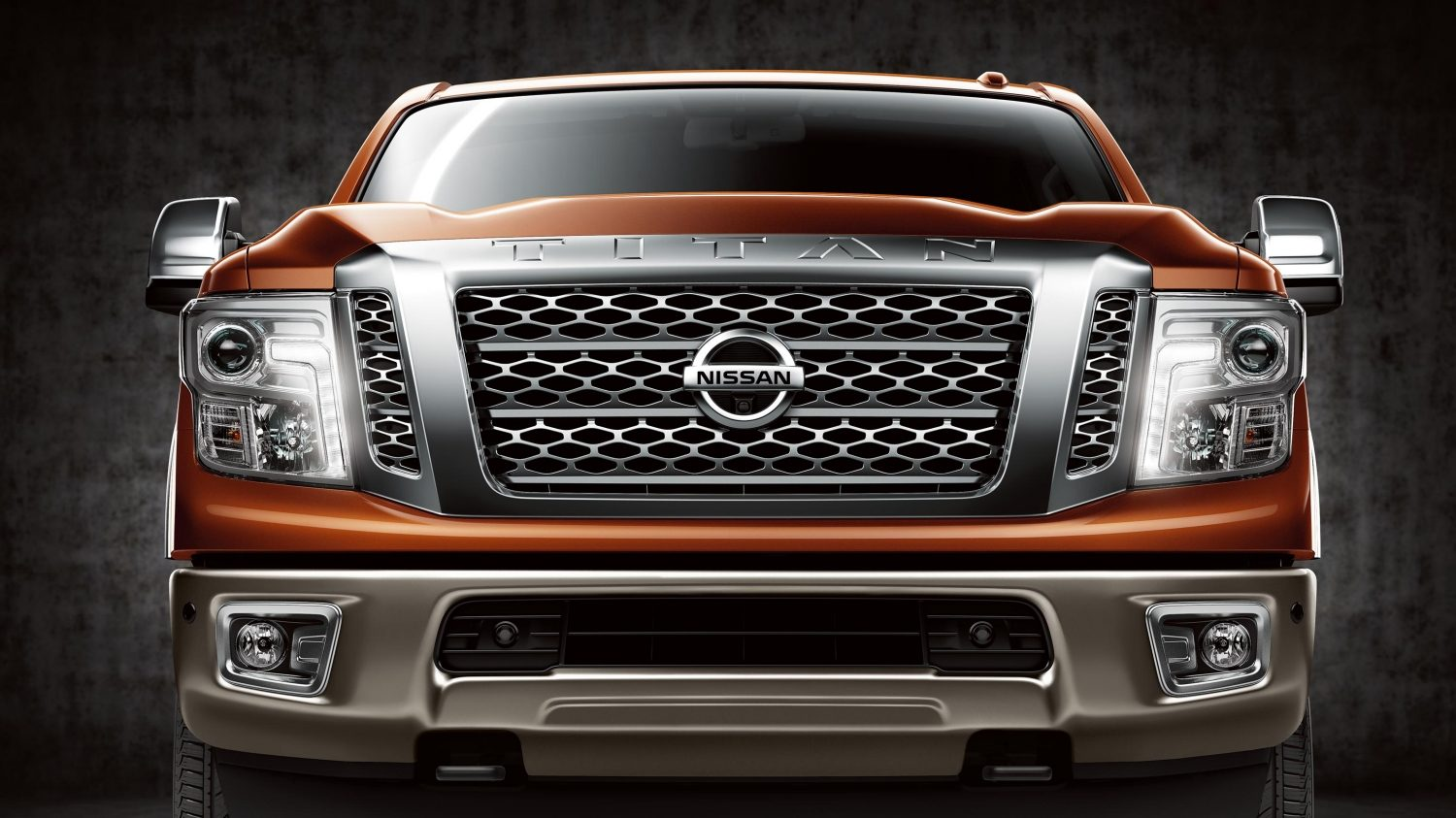 All-new Nissan Titan straight front.