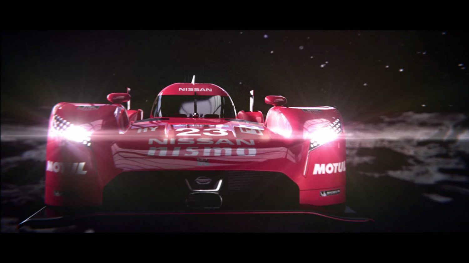 GT-R LM NISMO - Hero Comes Home, video.