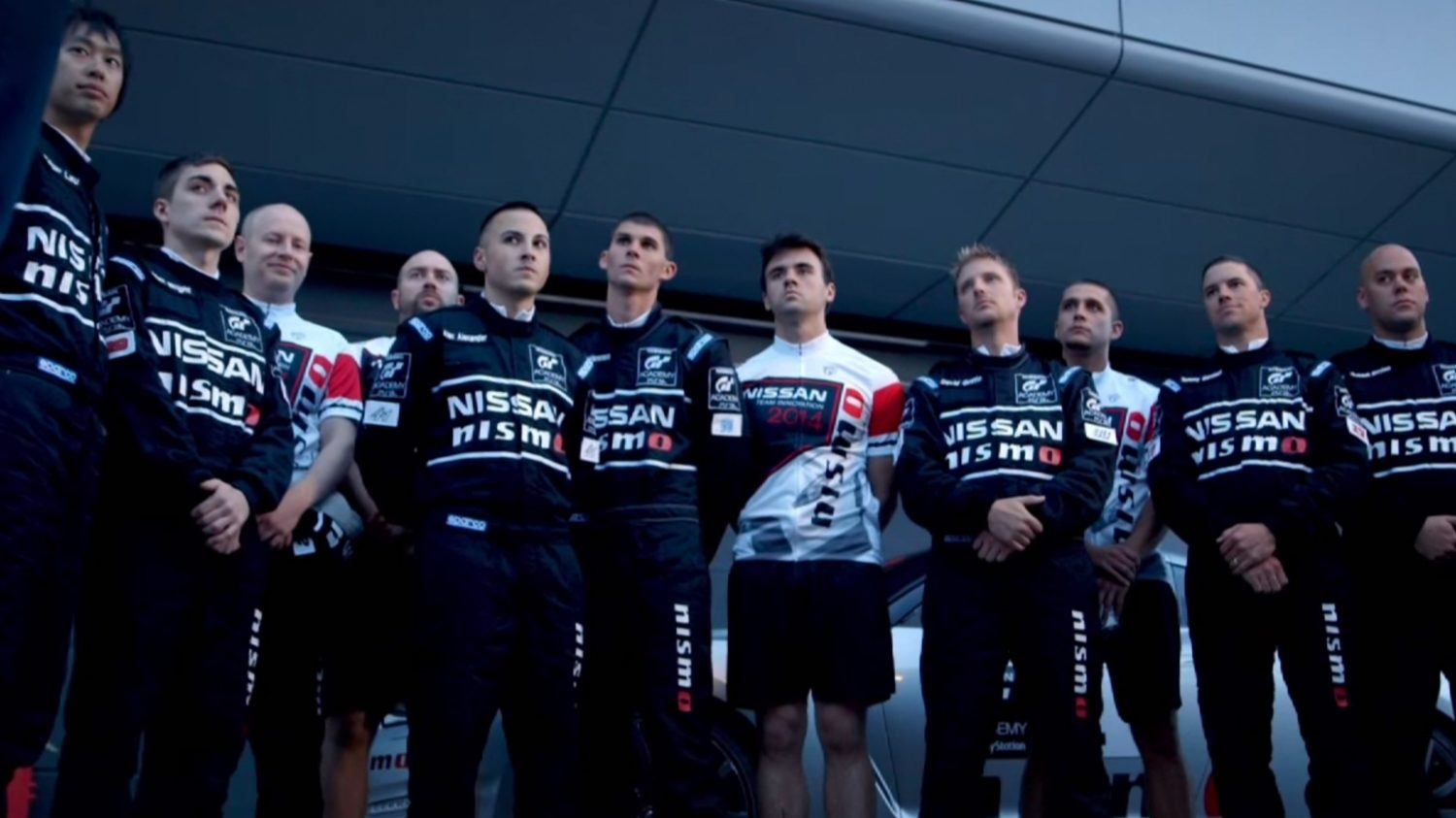 GT Academy, video. Temporada 4, episodio 1. De lo virtual a lo real.