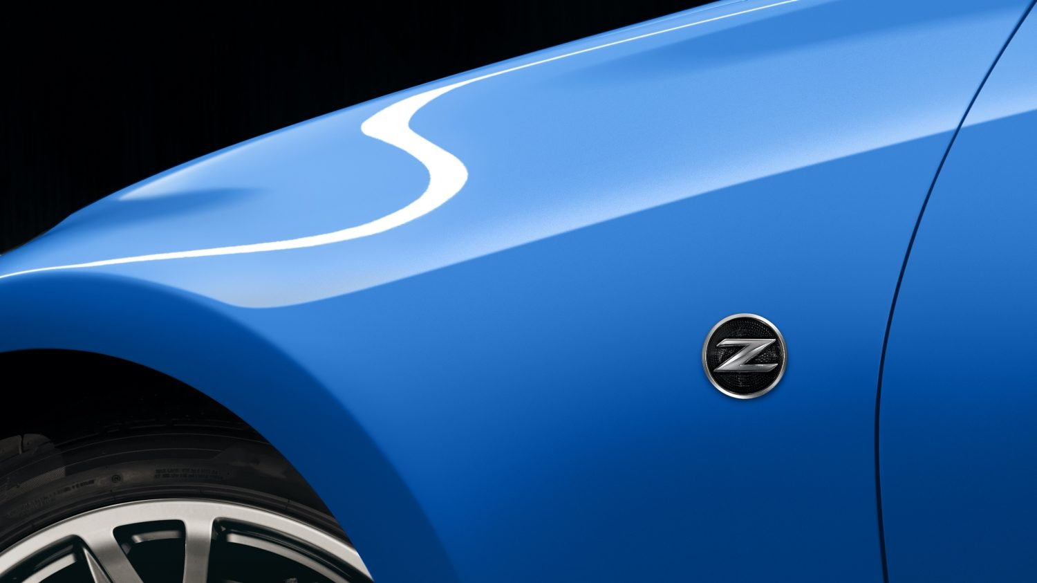Front end of car with Z symbol