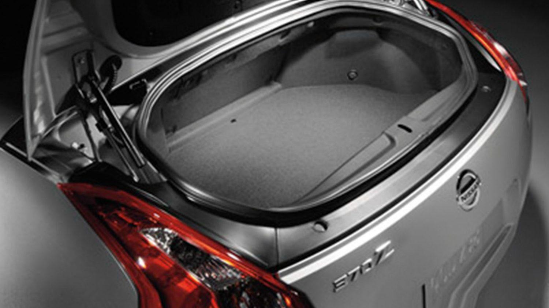 caratteristiche nissan 370z roadster cabrio nissan. Black Bedroom Furniture Sets. Home Design Ideas