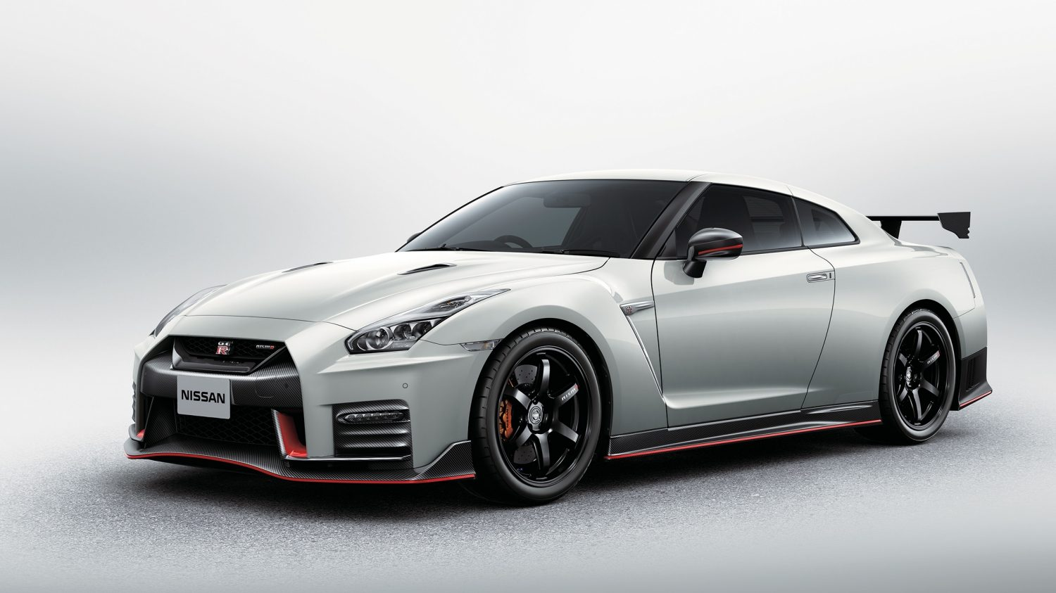 Gtr Nismo 2019 >> Nissan GT-R - Super Sports Car | Nissan Dubai