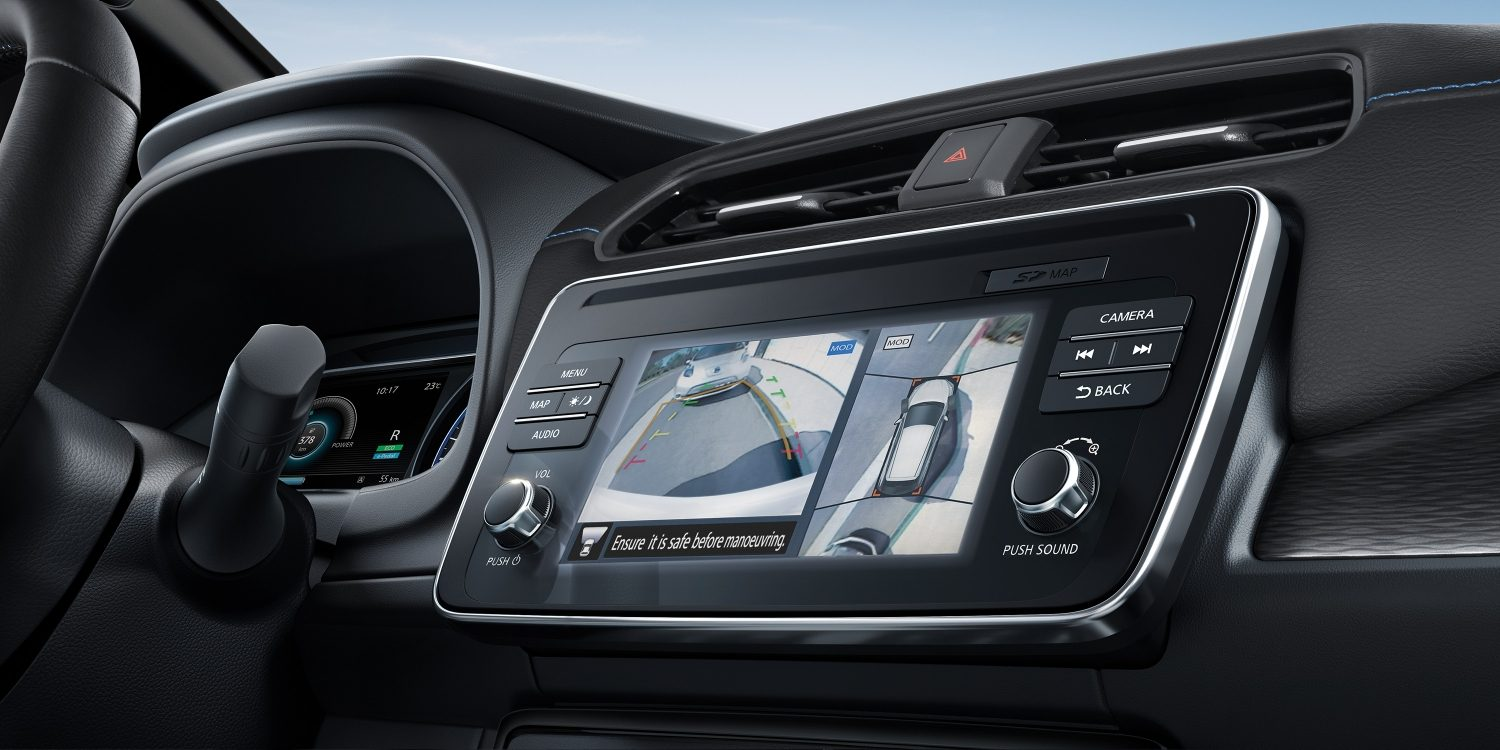 Nuova Nissan LEAF – Schermo Intelligent Around-View Monitor