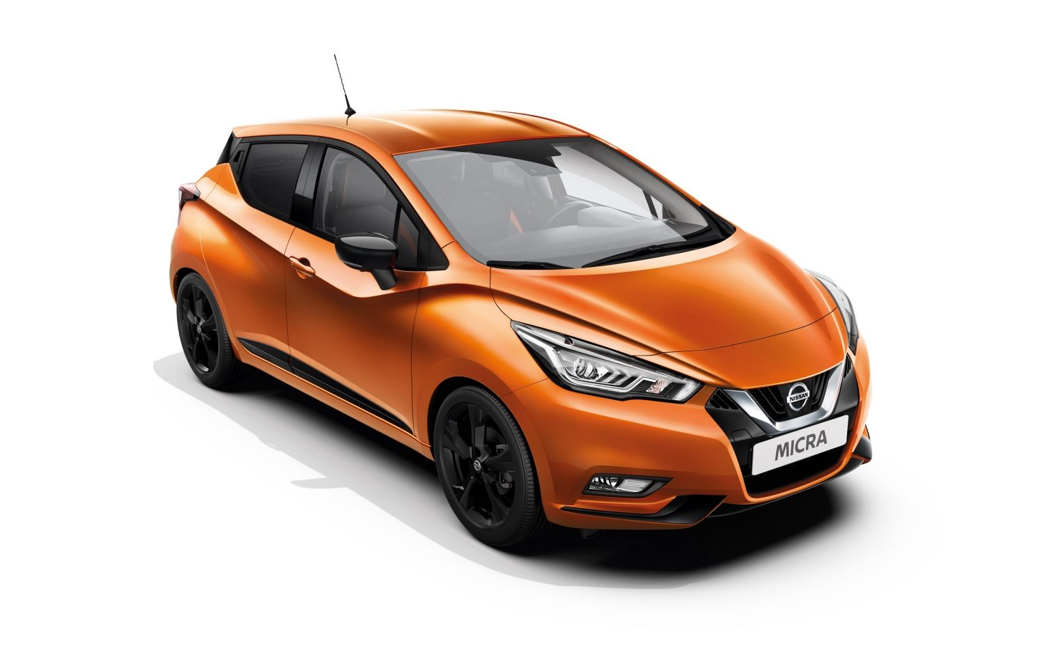 Nissan MICRA 1,0-liters benzin, udvendigt i orange