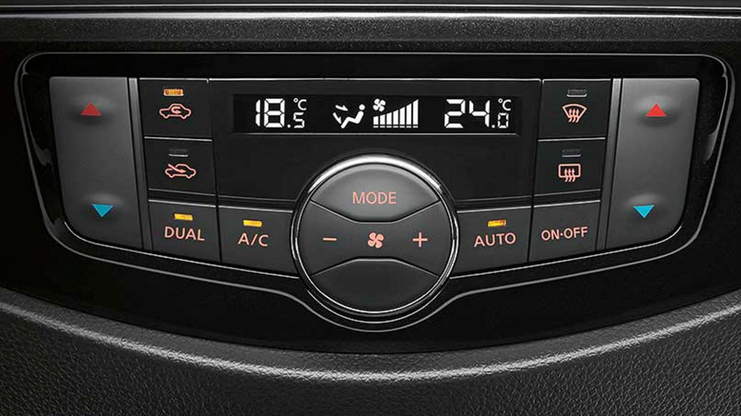 Nissan Navara dual-zone climate control system