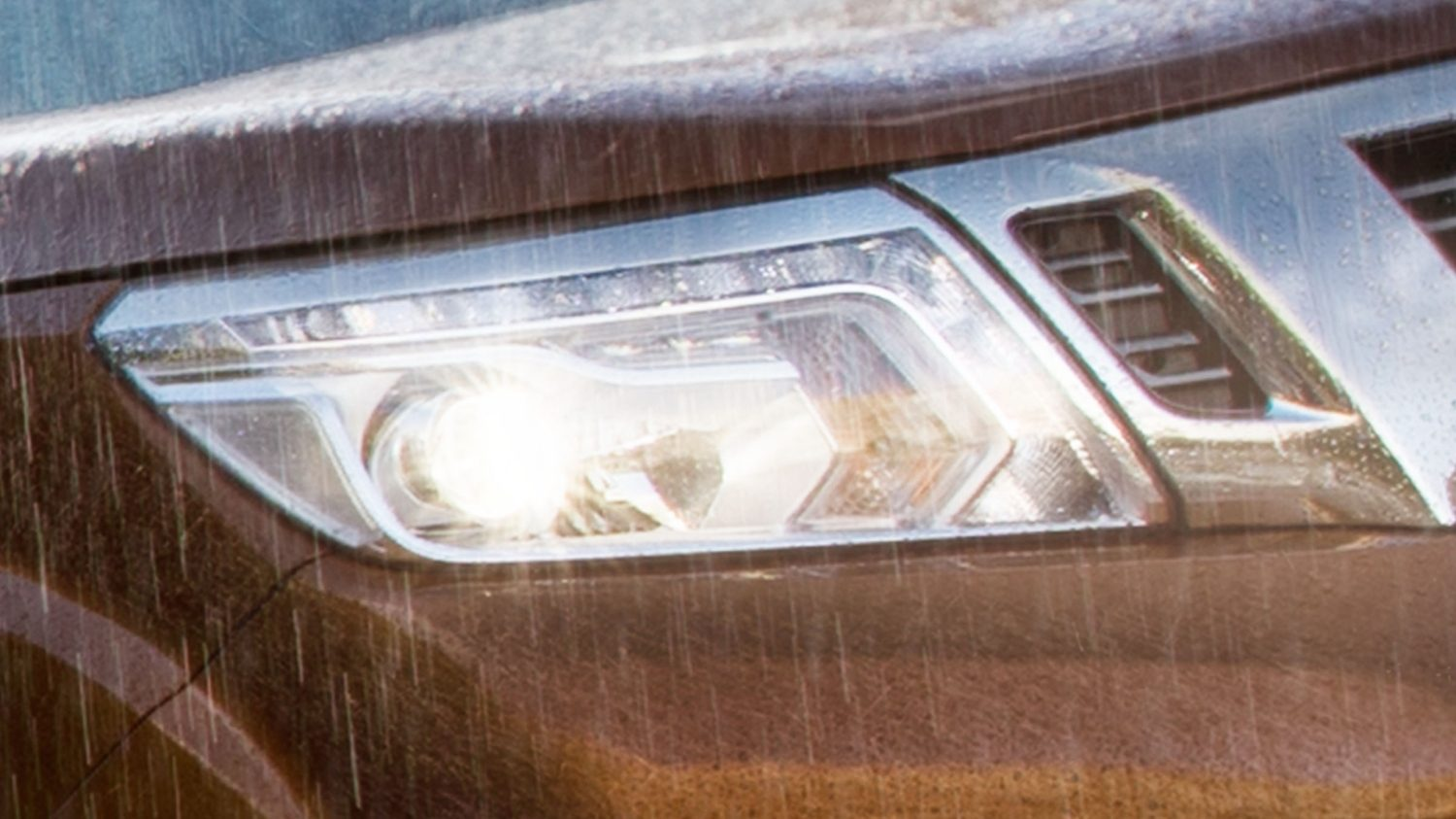 Nissan Navara LED Daytime Running Lights