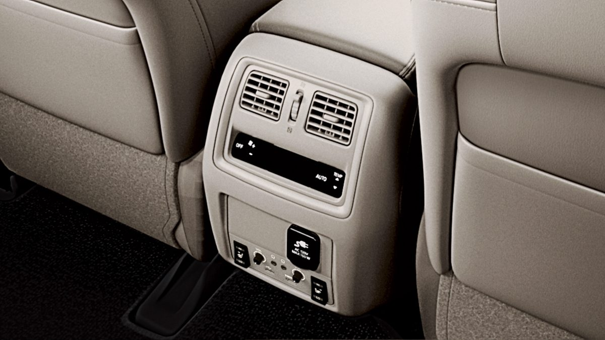 Nissan Pathfinder Rear Air Vents