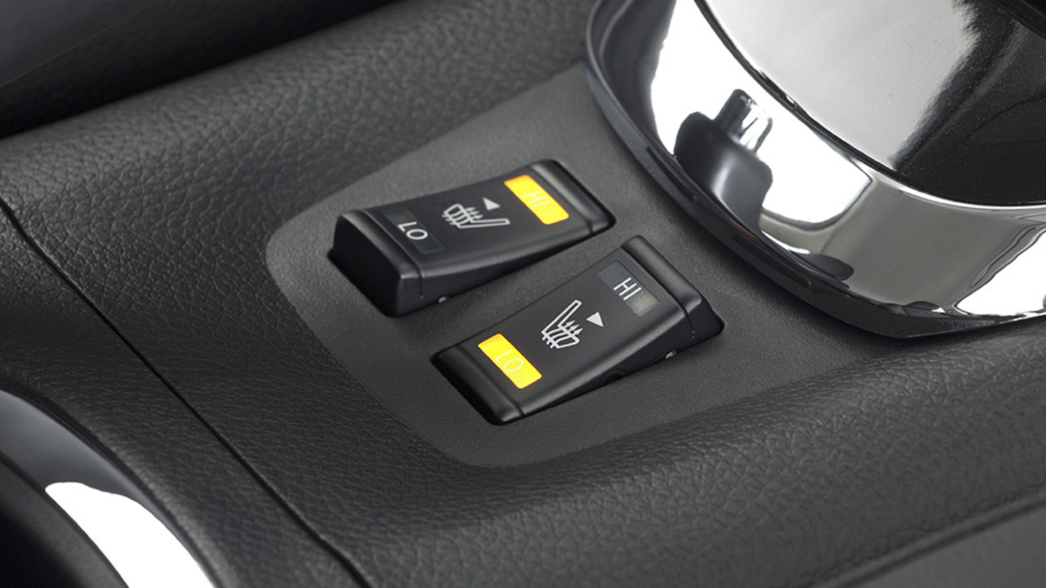 Nissan Pulsar – Hatchback | Heated seat controls