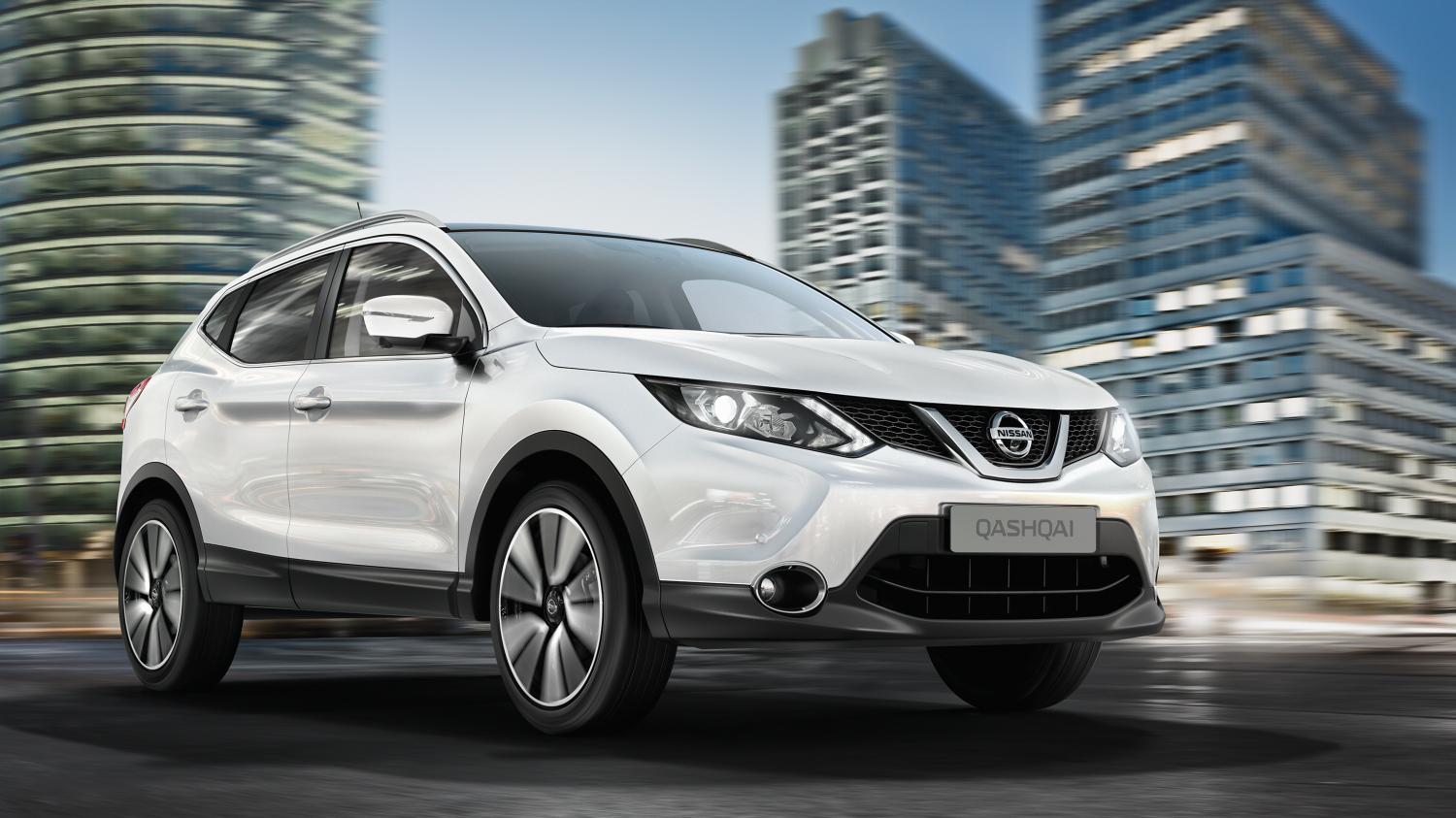 Nissan qashqai white front view