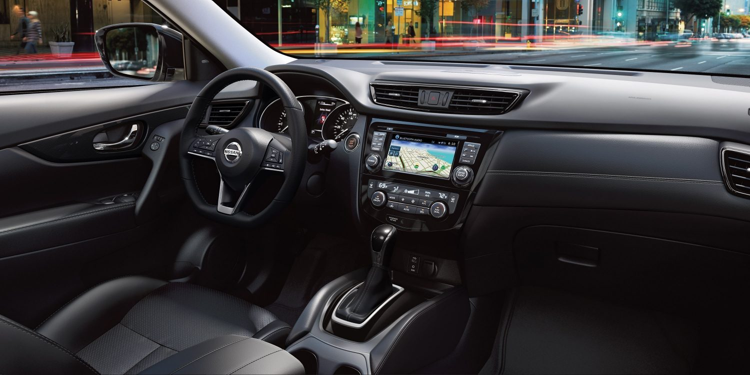 Nissan Rogue Interior dashboard
