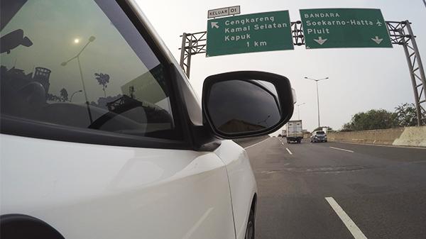 Tips Berkendara Aman Di Jalan