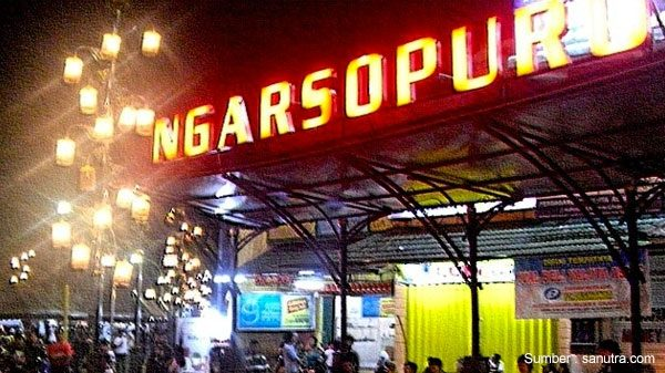 ngarsopura night market
