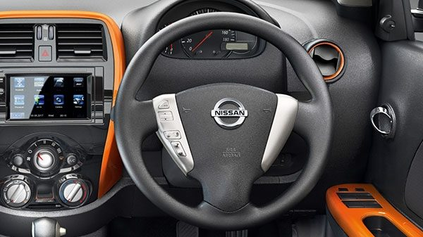 STEERING MOUNTED AUDIO CONTROLS