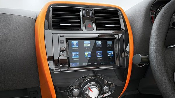 6.2 TOUCHSCREEN NAVIGATION THROUGH PHONE MIRRORING