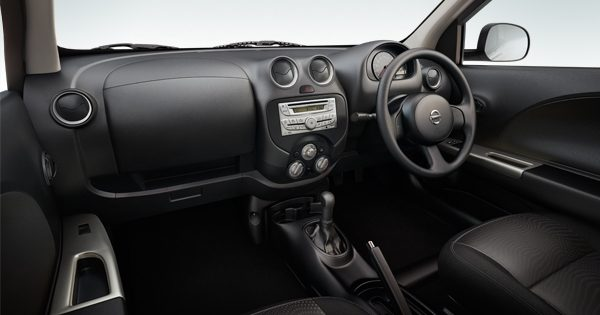 Steering wheel and centre console
