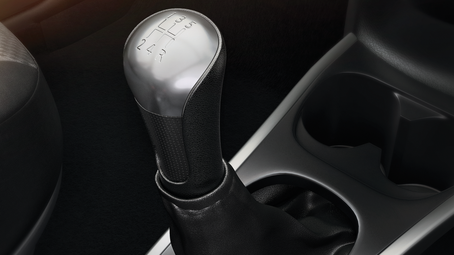 Manual transmission shift knob