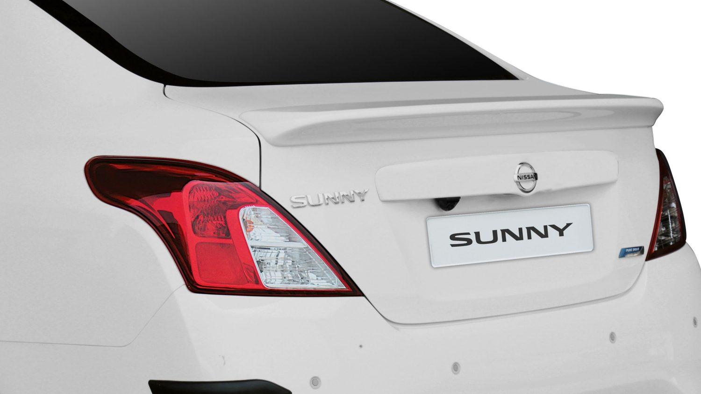 Car interior accessories india - Trunk Spoiler