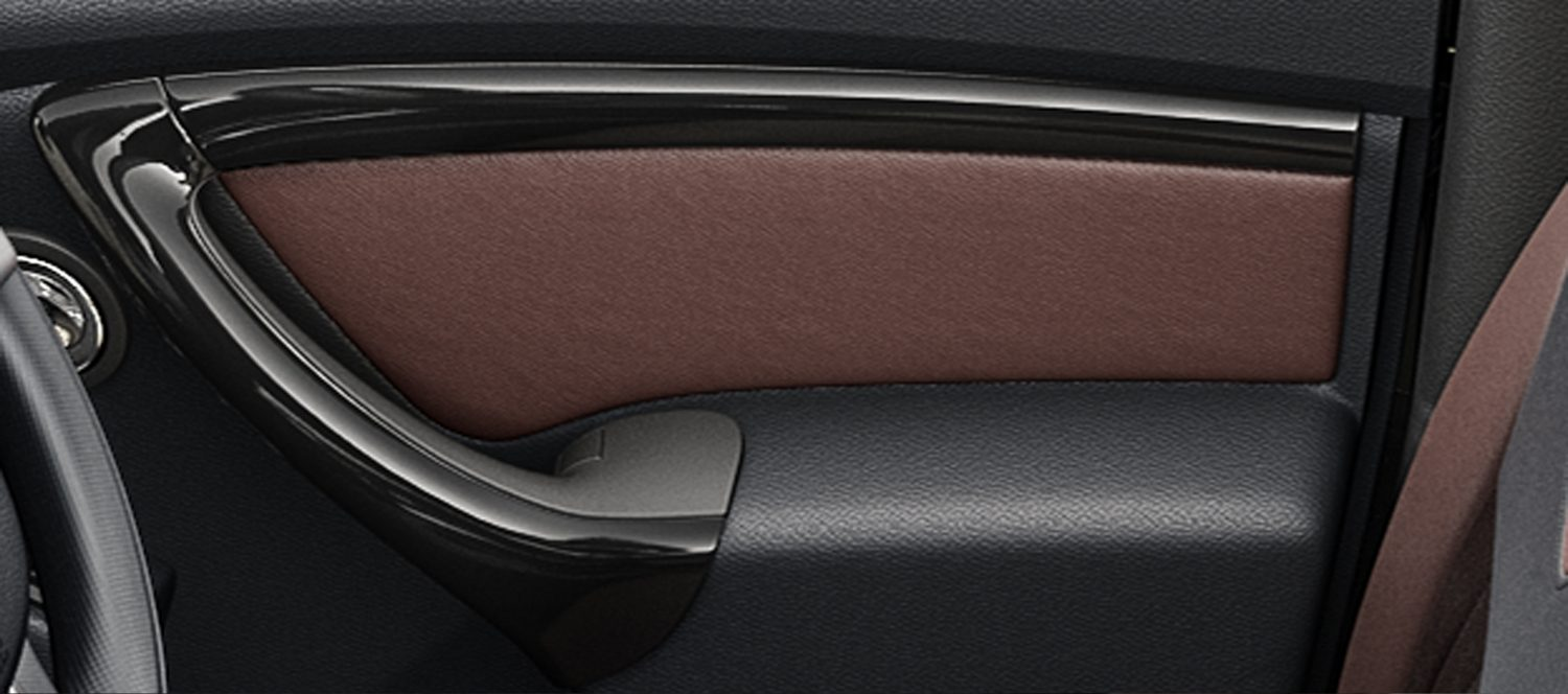 REAR ARMREST WITH CUPHOLDERS