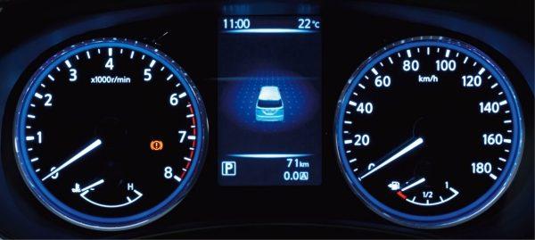 アドバンスドドライブアシストディスプレイ採用の新デザインメーター