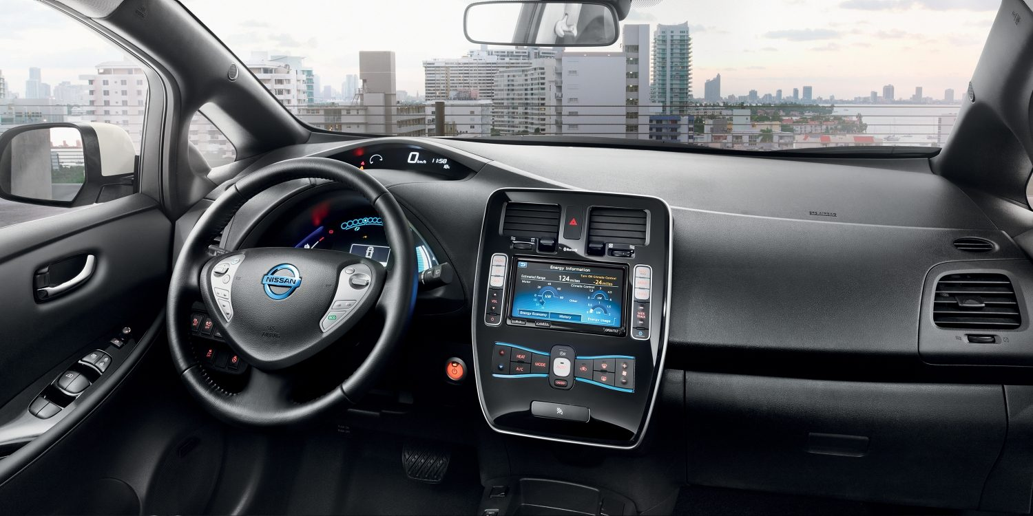 Nissan LEAF - Dashboard in zwart