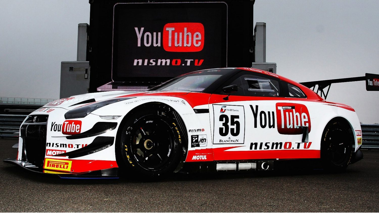 Opplev Nissan – motorsport – NISMO-universitetet