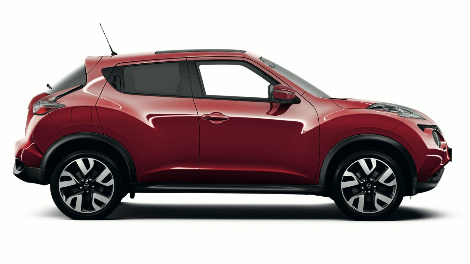 Nissan JUKE - Crossovers