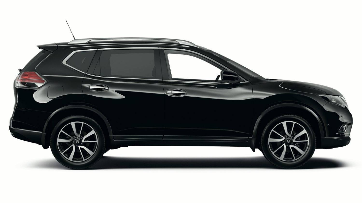 Nissan X-Trail - Crossover