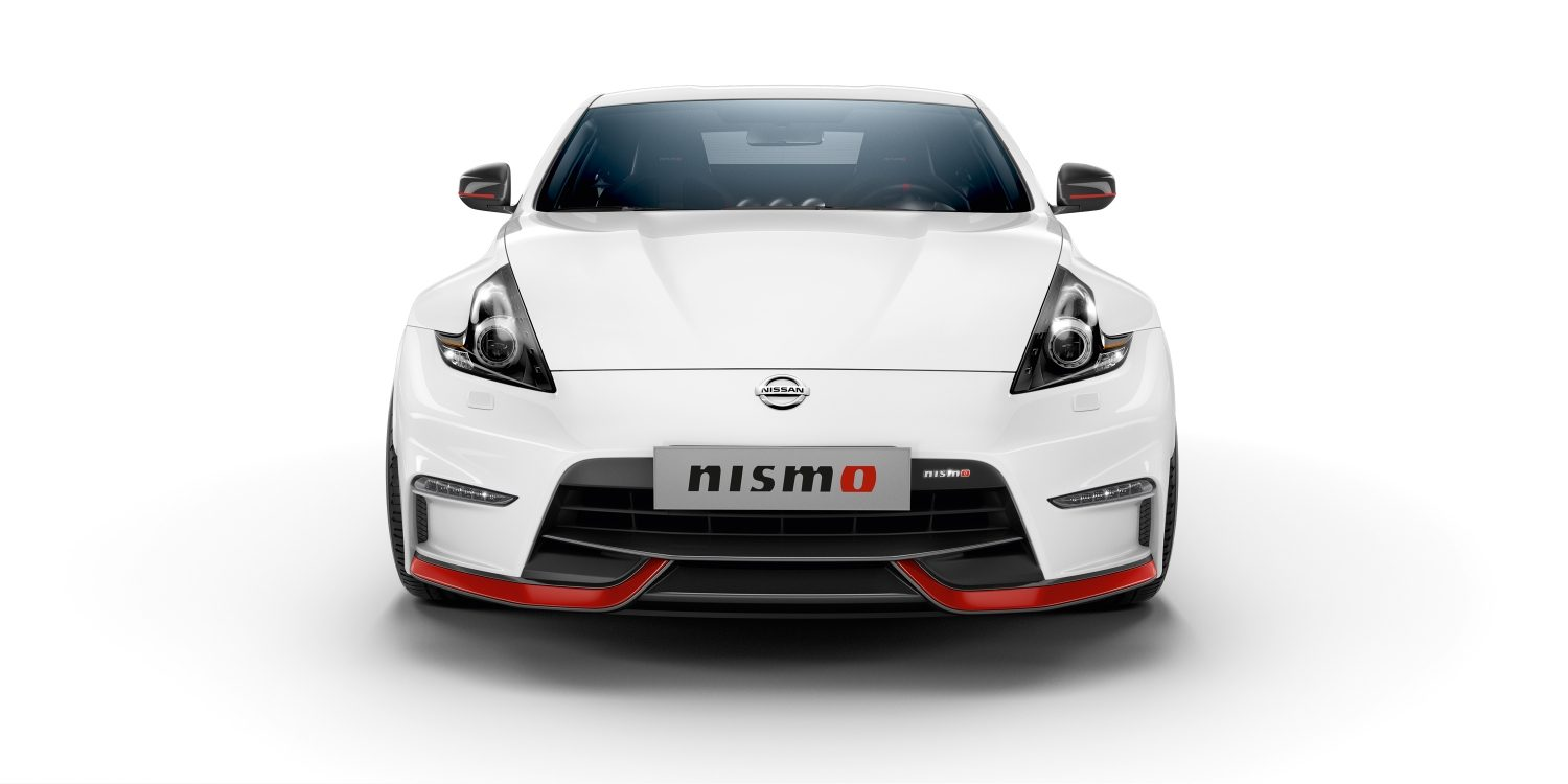 Nissan 370Z Coupé - White - Vista frontal