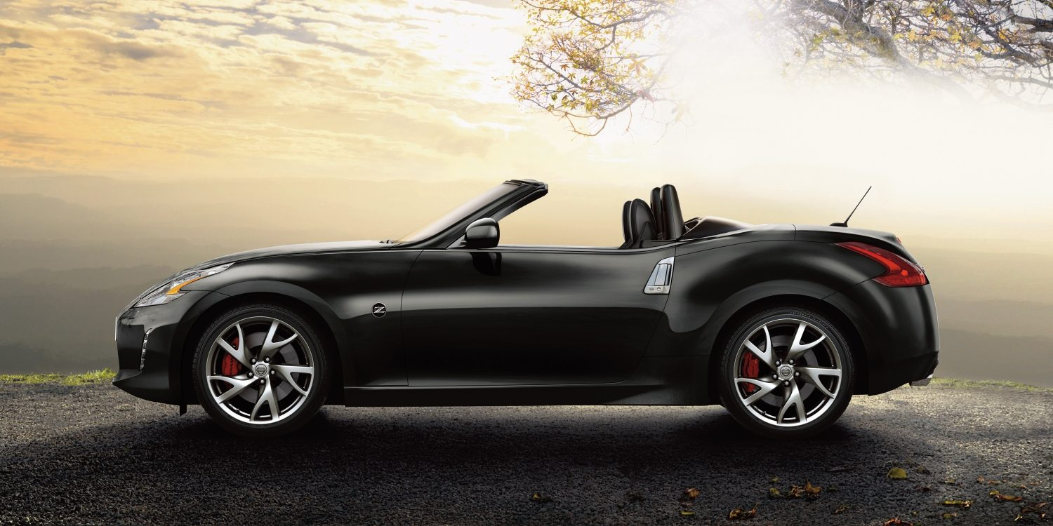 nissan 370z roadster cabriolet roadster nissan. Black Bedroom Furniture Sets. Home Design Ideas