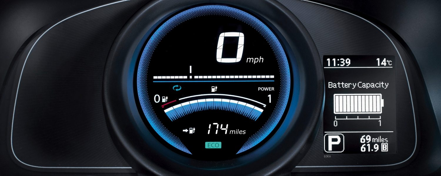 New Nissan e-NV200 VAN dashboard with full charge