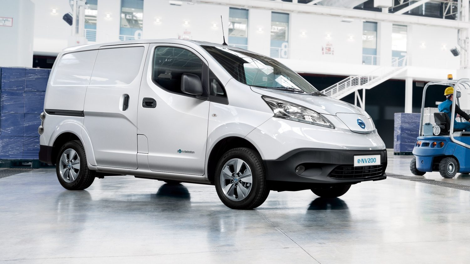 New Nissan e-NV200 VAN exterior design